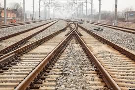 Toot toot train tracks