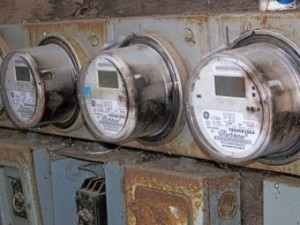 Scorched SmartMeters on Glen Way in East Palo Alto. Photo by Craig Dremann.