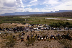 BundyRanch-horseback-confrontation